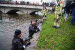 NieuwsjaarsduikParijse brug 180101-097